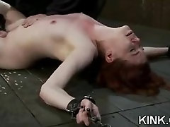 Busty jebanje croatian tina sodīti un fucked verdzība