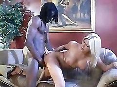 Valge Crack 4 Suure Musta stseen 3