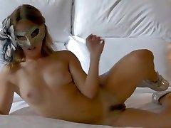 Nude seachtek besar model