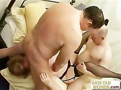 Threesome with wild granny