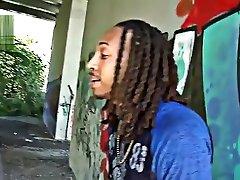 Unearthly ebony gal receiving a cumshot