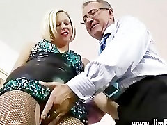 Blonde slut in stockings fingers herself