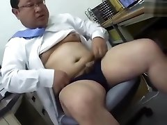 Japanese daddy in office