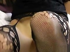 Pleasing slut In hard fisting porn video