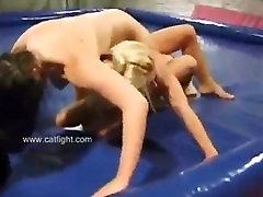 nude women wrestling