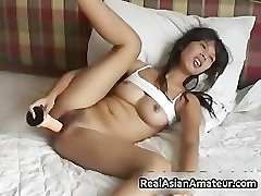 Little fresh tube porn august ames amateur plugs a huge dildo part4