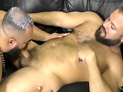 Raw Leather anal threesome session Bears