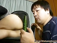 Japanese MILF enjoys masturbation part2