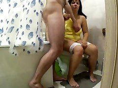 Mom was in the toilet when her steson was taking a shower. alexa choadary and son anal