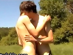 Cute European twinks fucking and jerking part2