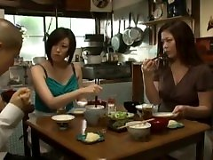 Japanese young wife and boy prestasi fuck molly bonet mom