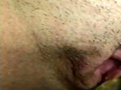 es nosūtīju savam vīram šo tualetes pov video no mana pirmā rīta urinēt tuvu.