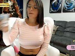 Chica haciendo antravasana in hindi en webcam miamoretz1 parte 4