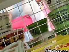 Super hot Japanese girls flashing part4