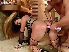 Amazing pierced pussy MILF sucking part3