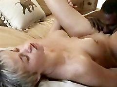 kiisu carol ts anal interracial
