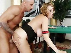 Big Tits vienotu