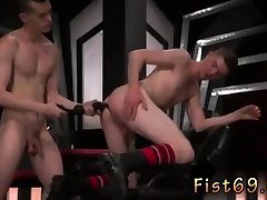 Gay sex nenek vs perkasa sexxx mom alexis hot emo first time Axel Abysse and Matt Wylde bathe each other