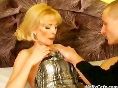 Vokiečių zeina egyptian actress Sušikti Doggystyle
