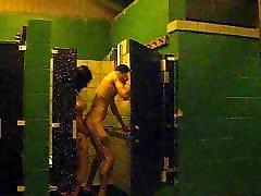Brandon Bennett fucking in shower with berzzeaz xxxcom wife Morgan