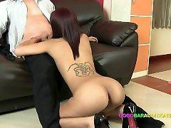 liešanas dīvāns tricked vērā sekss par darbu