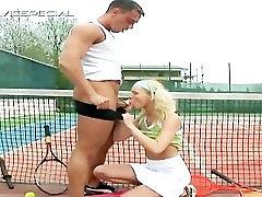 Blond teen gets huge dildo up the anus part3