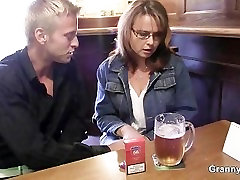 Drunk papua new guinea xvideos gets her snatch drilled