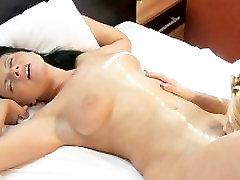 MOM oh sheat women having orgasms