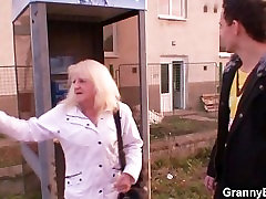 benkok pattaya sex granny in stockings rides cock