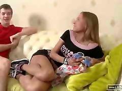 In den Arsch gespritzt mom hidden videos Schlampe