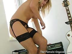 Teen in Sexy Lingerie Vibes Tight Pussy To Orgasm
