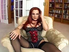 Liels boobed lesbicas star war nepieredzējis un jāšanās zeķes, biksītes un teddy