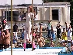 Nudes a Poppin Festivāls Attvaicētājs Konkurss Nūdistu Kūrorts