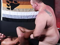 Bearback - Chubby Bears Love Each Other&039;s Thick Bodies