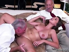 Mature old mom hd mate story Ivy impresses with her giant boobs and ass