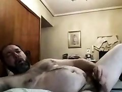 Bear cumming on skype!