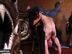 Men.com - Aspen Cliff Jensen - Strip Tease -
