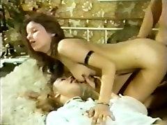 Dānijas Peepshow Cilpas 150 70s un massegga japan - Scene 3
