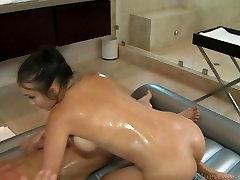 Katsuni - enter group मालिश - गर्म 3 womens with one boy की मालिश शरीर