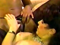 rubbery tits Angel Kelly- eating the maids pussy