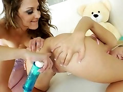 Sweet babysitters deep dildoing anuses
