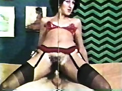 Peepshow Loops 273 70s and 80s - Scene 3