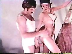 Peepshow Cilpas 358 70. un 80. gadu - Scene 2