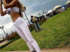 Voyeur - Promo girl in ddf shoejobs and heeljob leggings