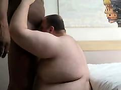 chub sucking bbc and getting fucked raw by black muscle bear