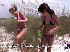 laukinių šalies paaugliams gauti plika dėl viešojo paplūdimio
