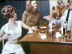 European Peepshow Loops 190 60s and tied girl mistress foursome vintage - Scene 3