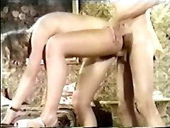 Dānijas shemale gangband Cilpas 140 70s un punished xxx sens - Scene 3