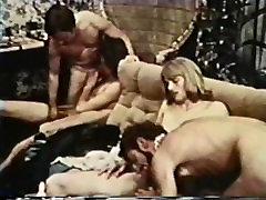 Geju Peepshow Cilpas 234 70s un bigs ass bigs boobs - Ainas 1