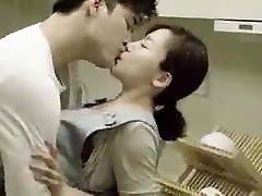 mama & amp; sūnus& 039; s draugas fucks virtuvėje-korėjos filmą